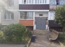 Трехкомнатная квартира Чеховский р-н, п.Крюково ул.Зеленая д.9